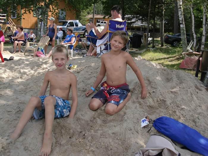 Knotty Pines Resort - Boulder Lake Beach - Nevis, Minnesota